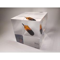 Acrylic cube Bromine