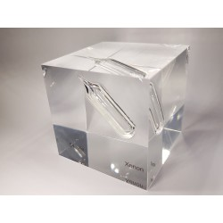 Acrylic cube Xenon