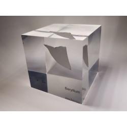 Acrylic cube Beryllium